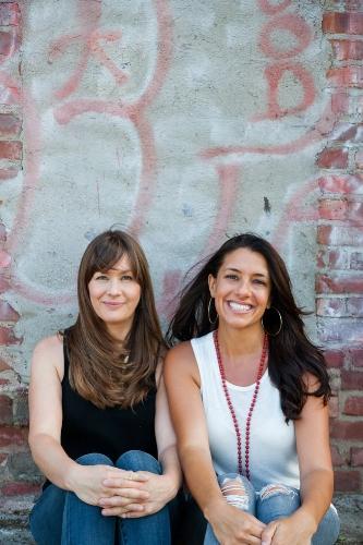 Brooke and Vanessa-Brooke Thomas-0115.jpg