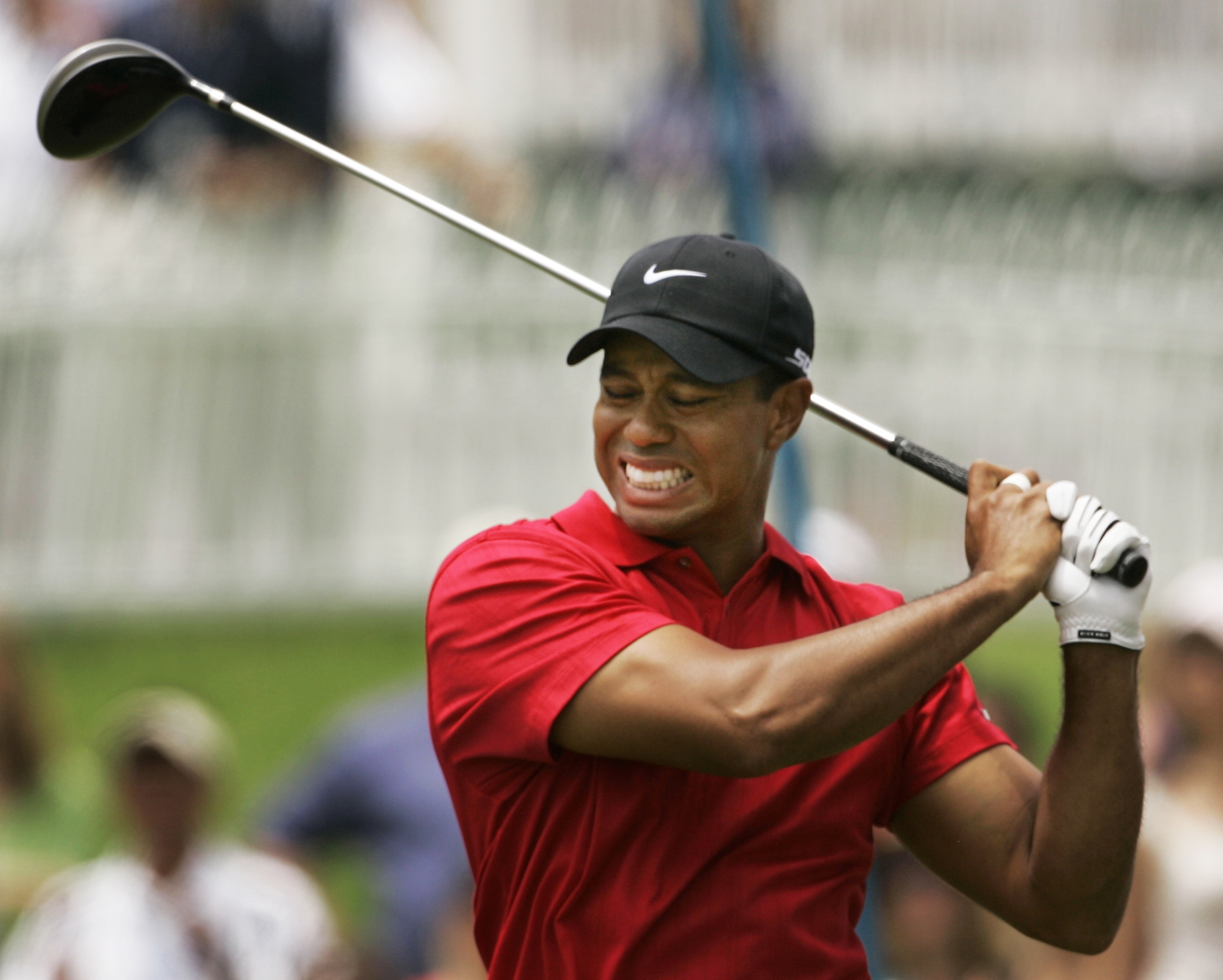 EVEN TIGER HAS SUFFERED FROM BACK PAIN DURING HIS GOLF CAREER