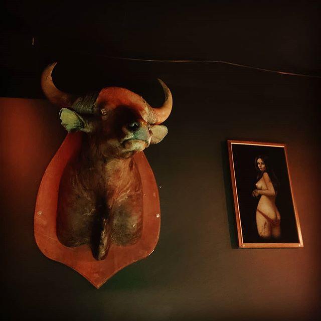 Creepys Bar in Portland