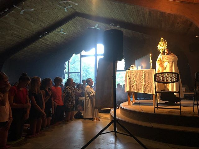 """[Mercy] // Let us look upon Love Himself and be loved by Him. """"O Humble Host let my heart declare You are my King residing there!"""" #campveritas #humblehost"""