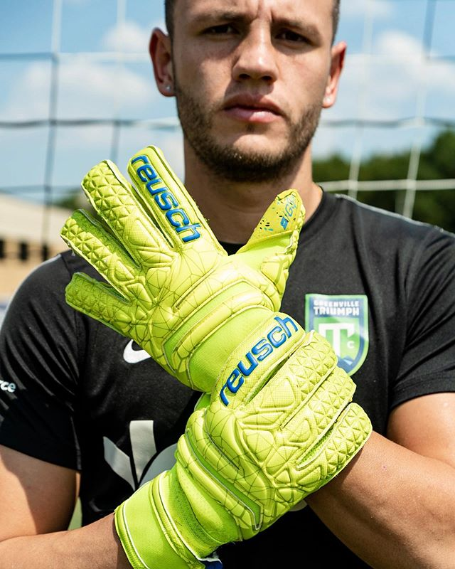 Some more sports photography? Yes, please.  @reuschgoalkeeping @reuschusa @migueluribe01 @gvltriumph