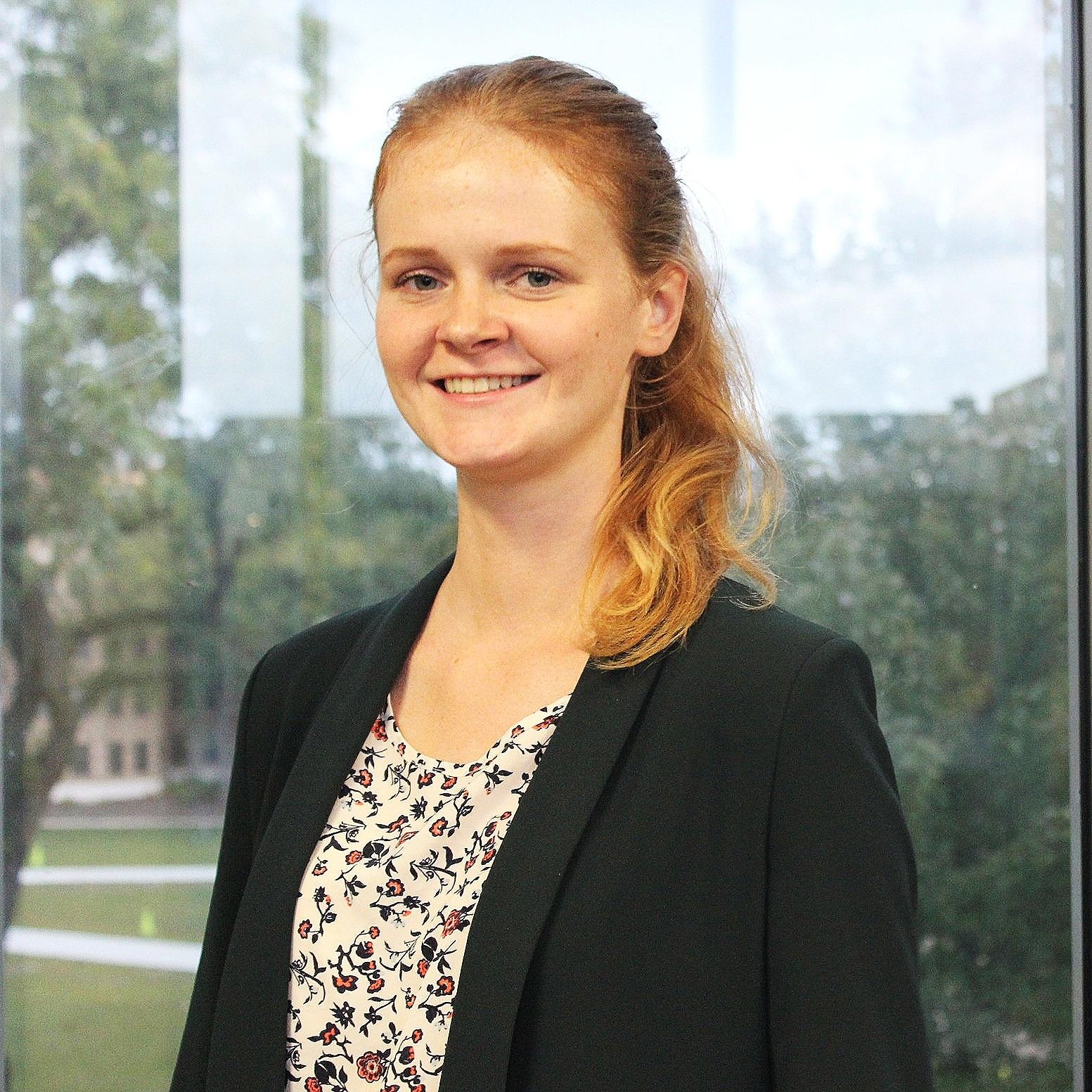 Joanna Przytula   Information & Decision Sciences