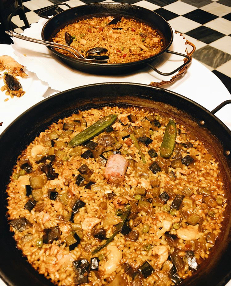 Pallea | Barcelona, Spain ( Catalan Cuisine)  Rice dish mixed with vegetables and seafood. You can get it with other meats or just vegetables if you want. Paella is very rich in flavor with a host of herbs and seasonings in dish.