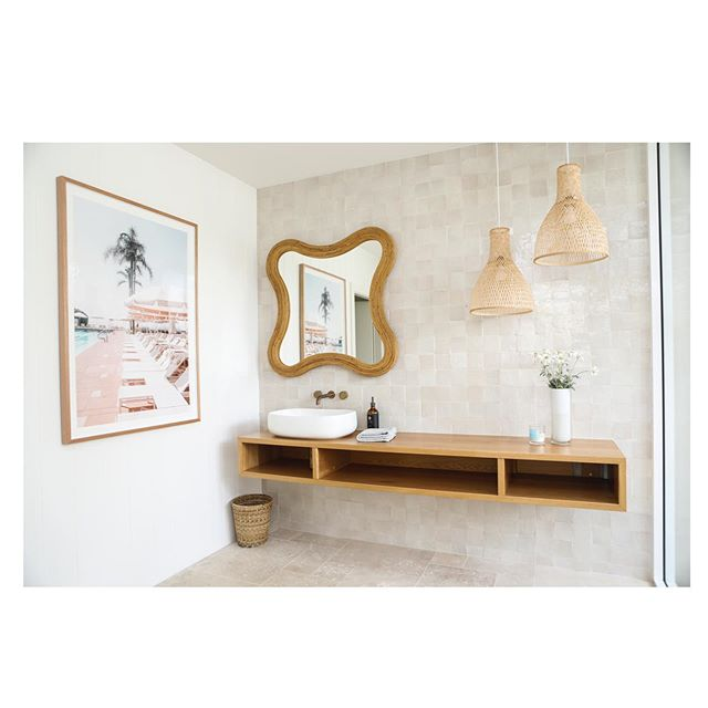 Loved seeing the position my print Sunloungers has in the stunning Manly house 👌🧡 #photography #interiordesign #bathroomdesign #art #california #sydney #styling