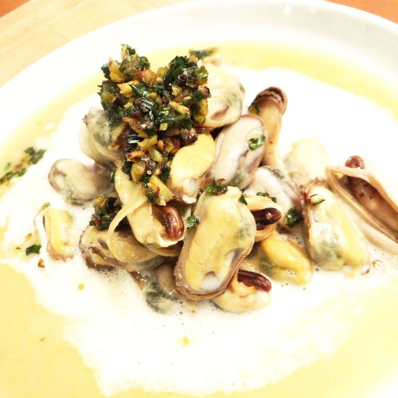 Mussel sauté with apple cyder cream