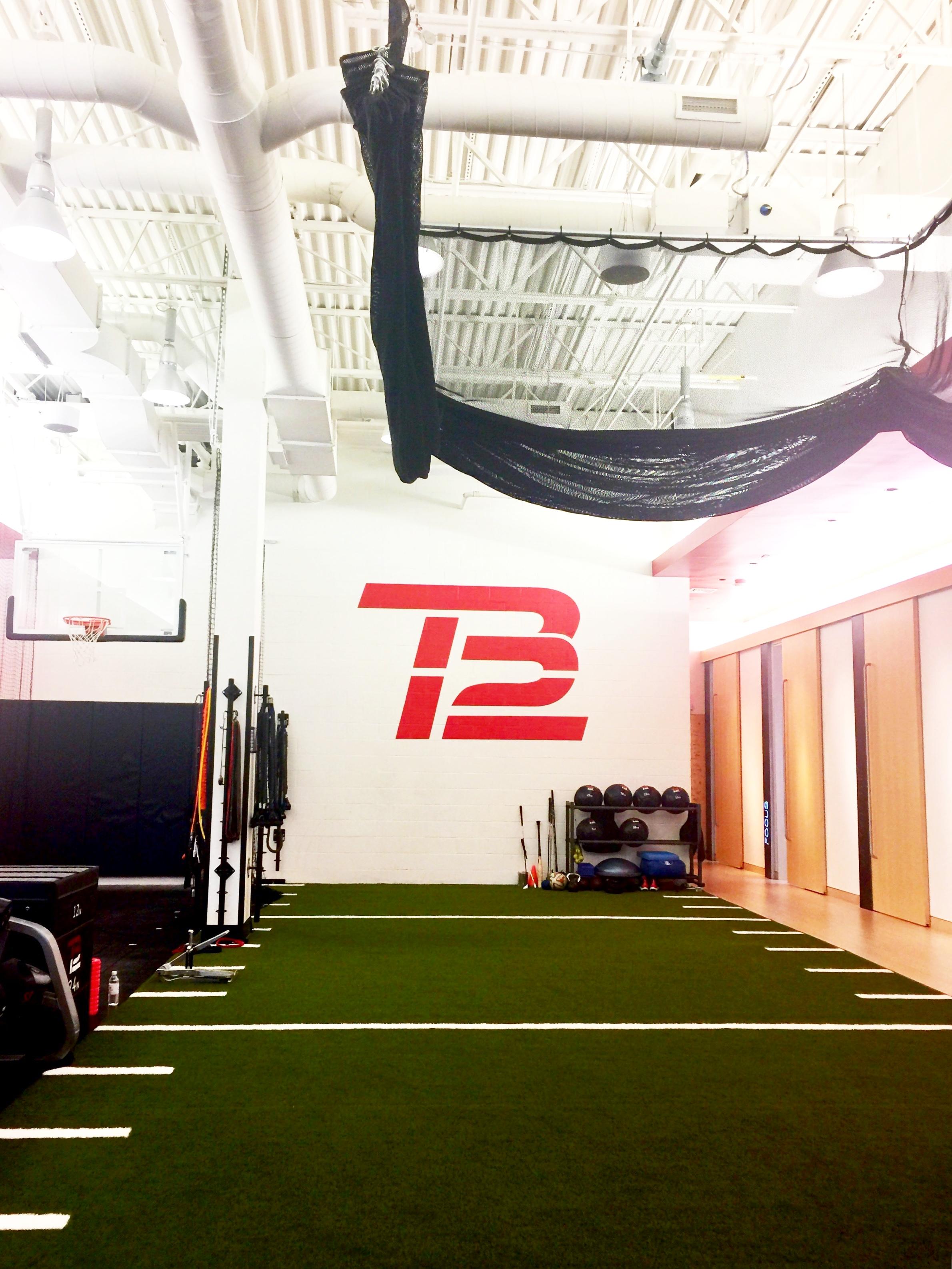 tb12sportstherapycenter.JPG