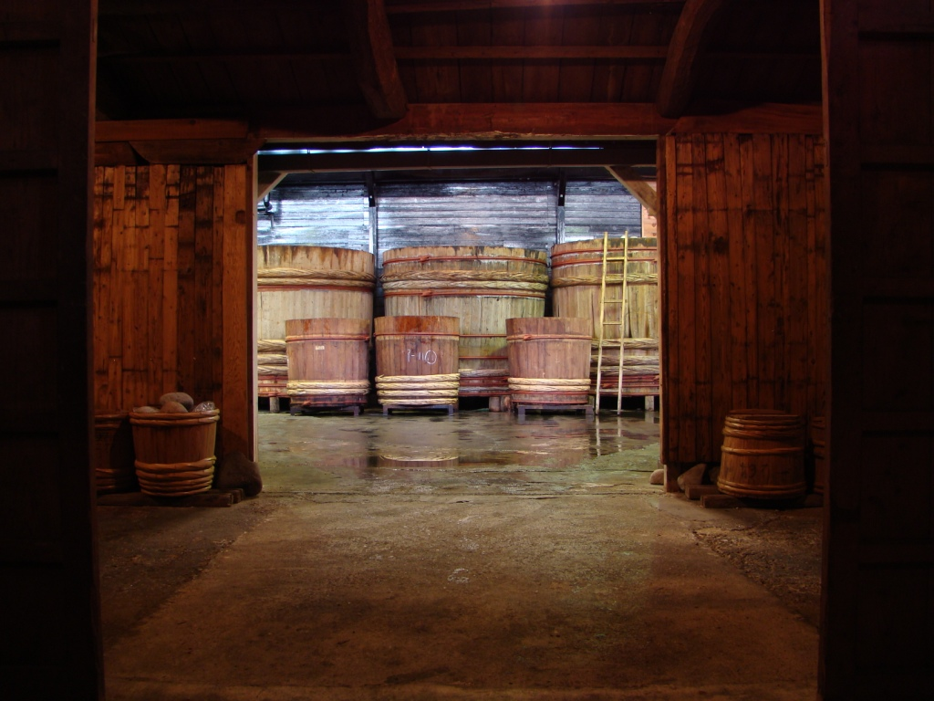 Wooden Barrels are used only 5% (Picture from Noda Miso Co)
