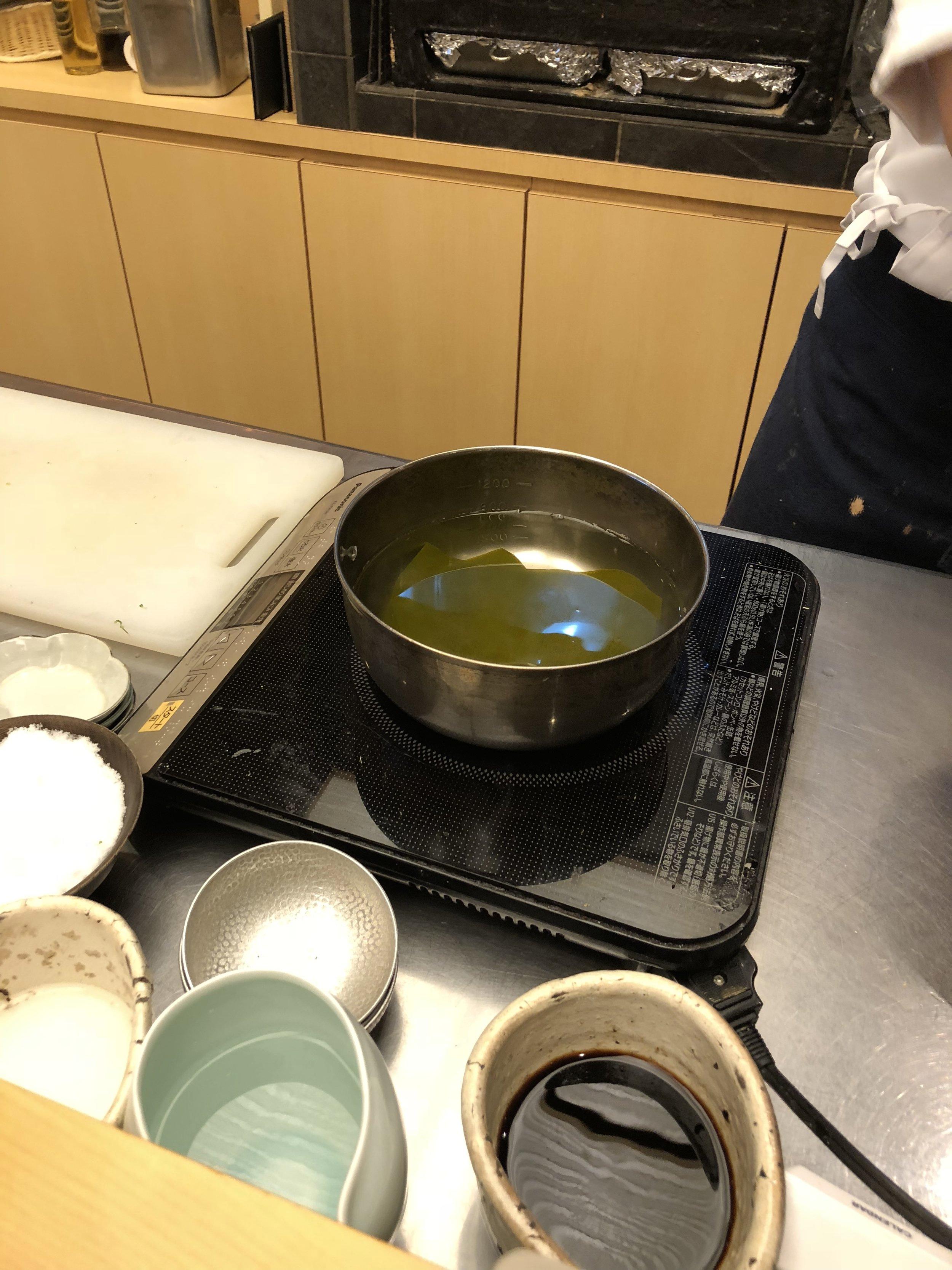 kombu (seaweed) dashi