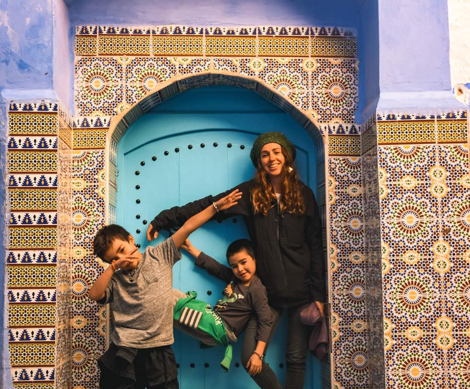 World Nomads Podcast Interview - Amazing Nomads: Angie Davis - On the MoveAngie and her  young family travel nomadically around the world with barely a  possession, while working as a documentary filmmaker capturing stories  as a catalyst for change.