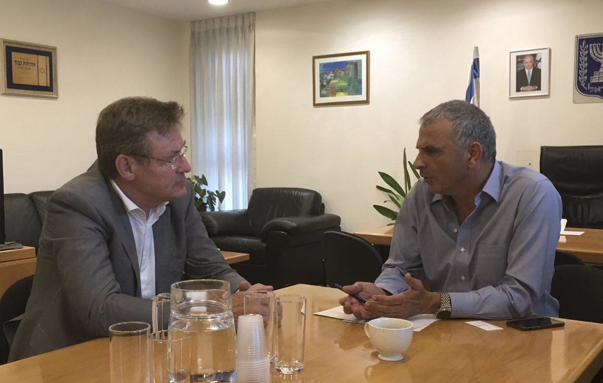 The Belgian Minister of Finance, Johan Van Overtveldt, and the Israeli Minister of Finance, Moshe Kahlon,discussing about future partnerships.