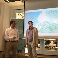 Philippe Mauchard introducing his friend Michael Eisenberg, co-founder of Aleph VC