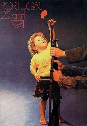 Créditos da imagem: Biblioteca Nacional, acervo de cartazes / Portugal 25 Abril 1974 / Sérgio Guimarães.
