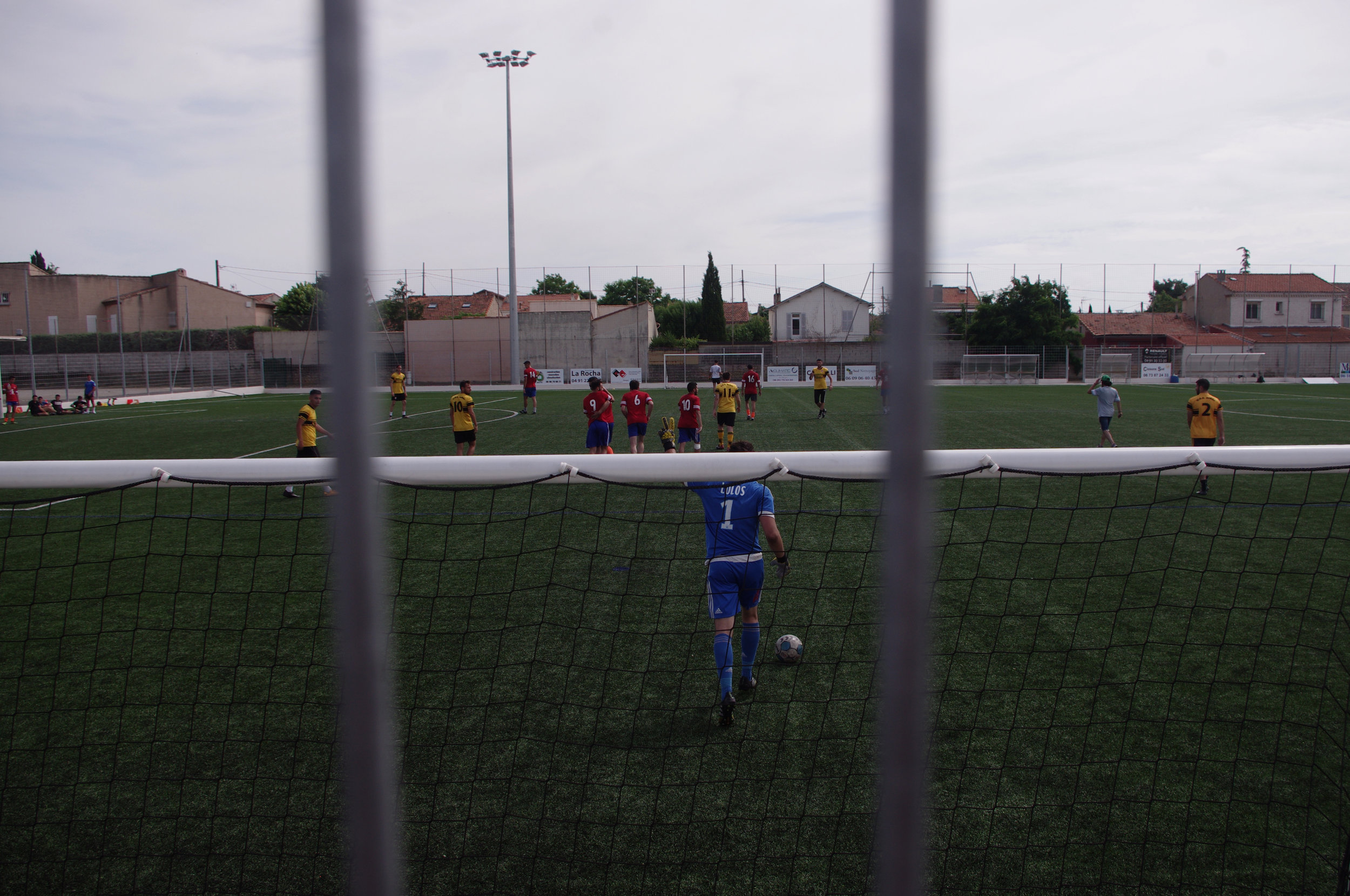 Le stade Sevan un dimanche après-midi dans le quartier de Beaumont.