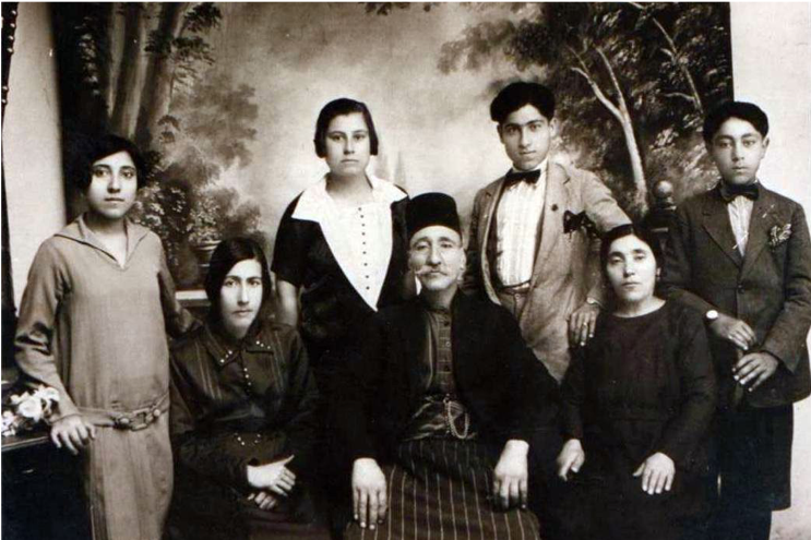 Agha Boghos family: left to right; Alice, Umme Ferida, a cousin Fehime, Iskender, Solomon, Khatoun and Voghbed