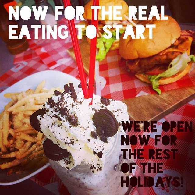 That's right we've been open since Boxing Day and will be open everyday throughout the rest of the holidays. Hope you had a good one! Now let's burger! 🍔🍔🍔🍔 #shake #sydneyharbour #sydneyharbourbridge #harbourbridge #sydneyblogger #sydneyfood #sydneyscene #sydneyfoodie #burger  #batch #batchburgerandespresso #lunapark #milkshake #batchburgersandespresso #burgersbythebridge #batchburger #urbanlistsyd #batchburgers #menu #newmenu #kirribilli #urbanfoodreview #hotdog #burgersandfries #burgers