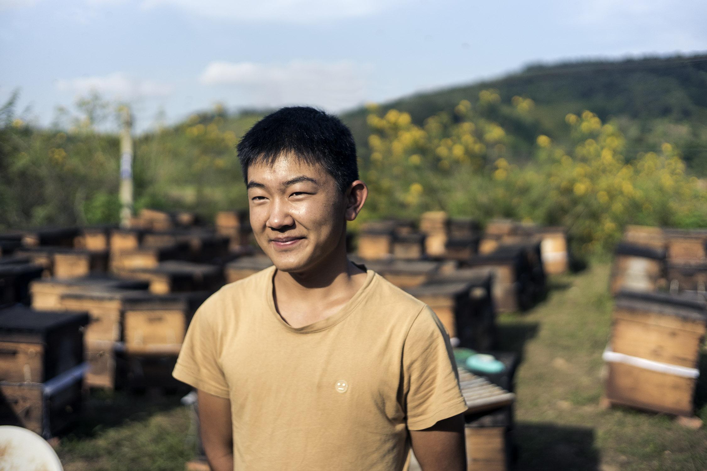beekeeper_xishuangbanna_yunnan