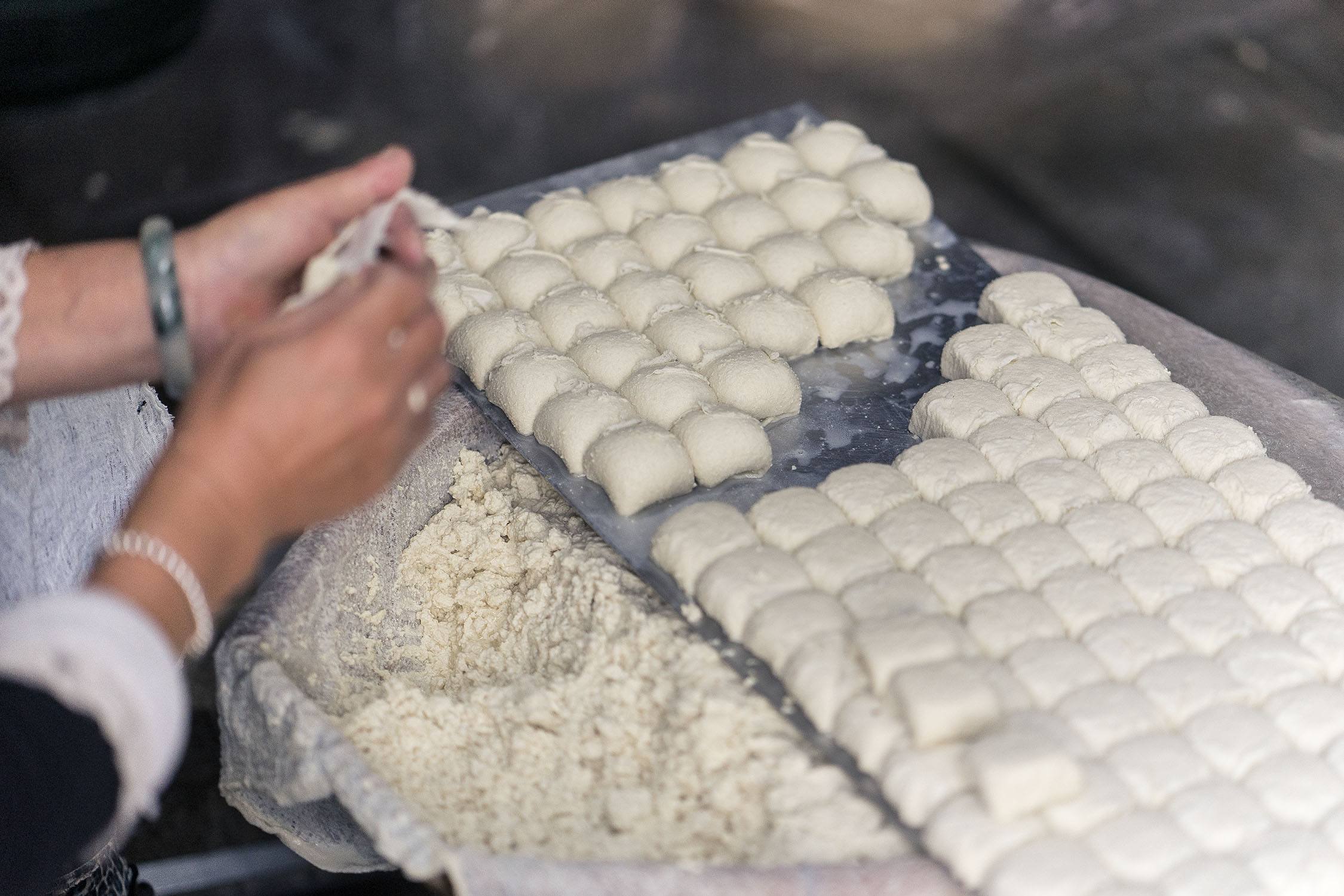 rolling_tofu_jianshui_china