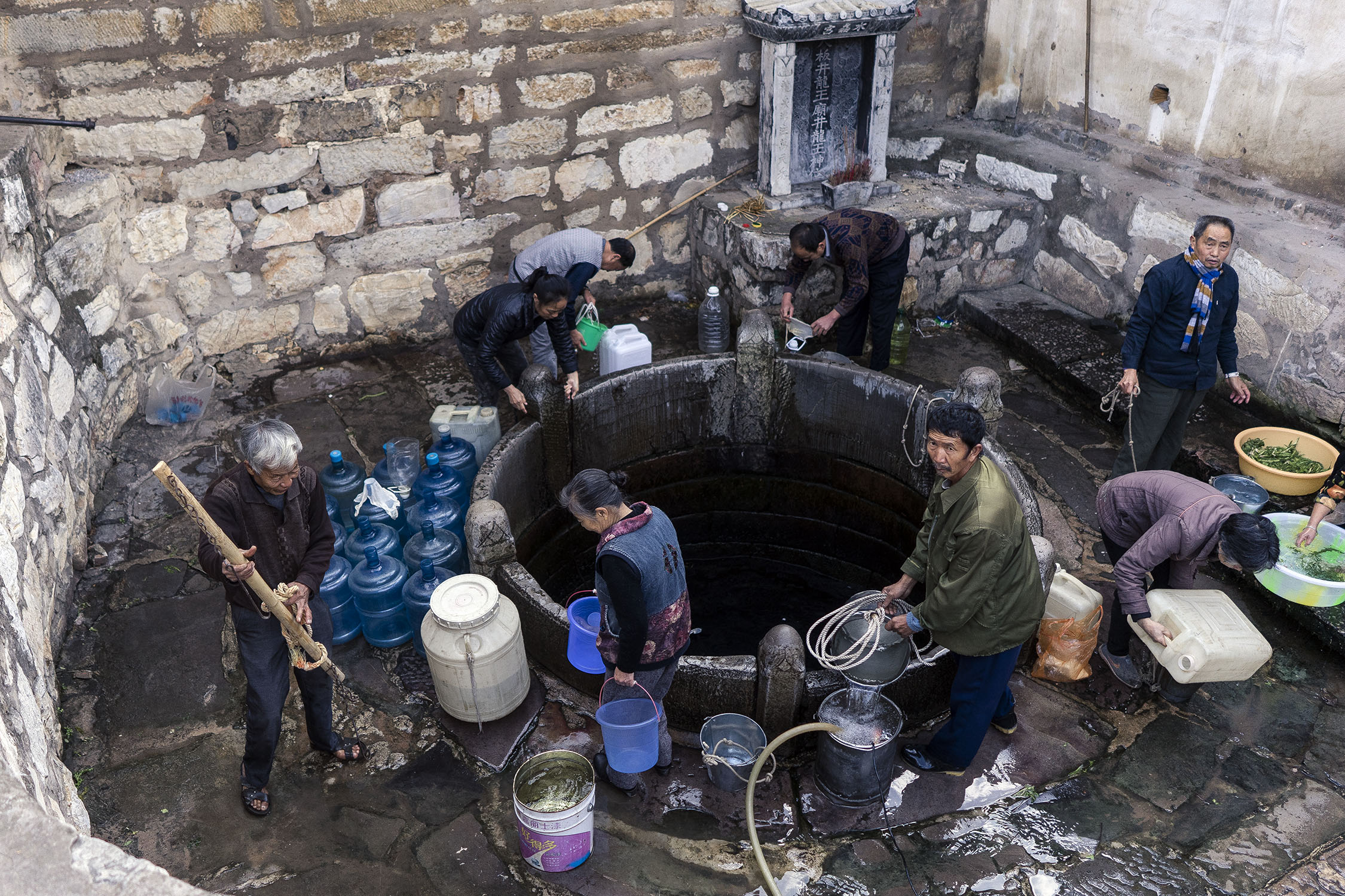 jianshui_china_water_well_daban