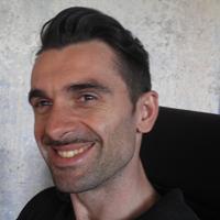 Direttore creativo e partner Alquimina WRG