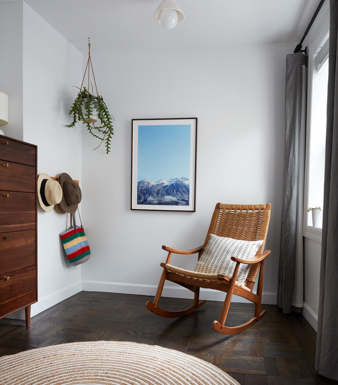 master_bedroom_chair.jpg
