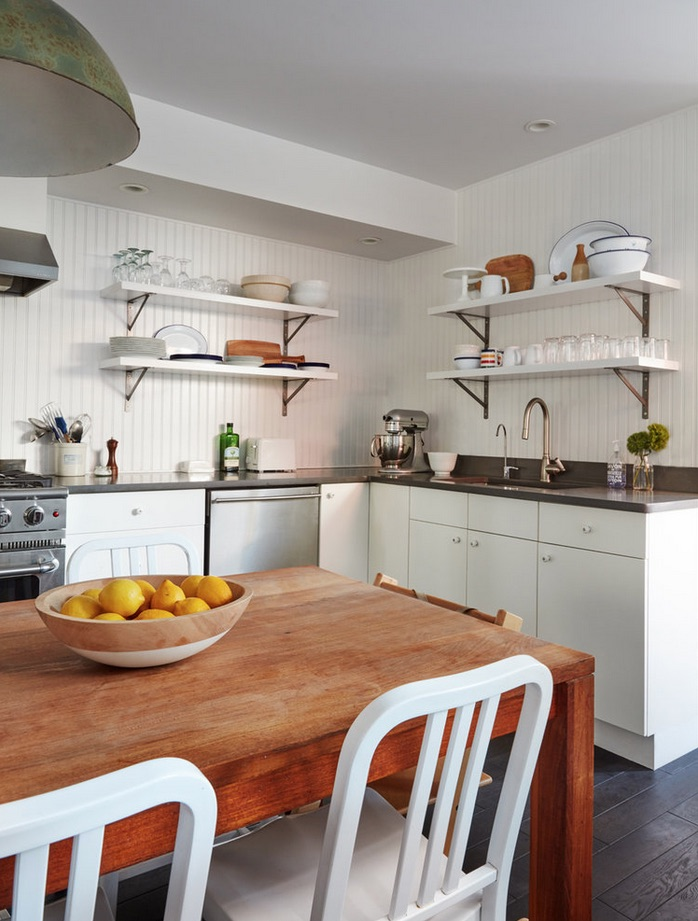 KitchenwithLemons.jpg