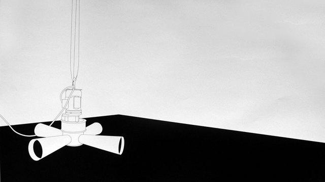 """Luc Mattenberger, """"Etat d'urgence"""", sérigraphie, 59 x 99 cm, 2009, édition sur demande"""