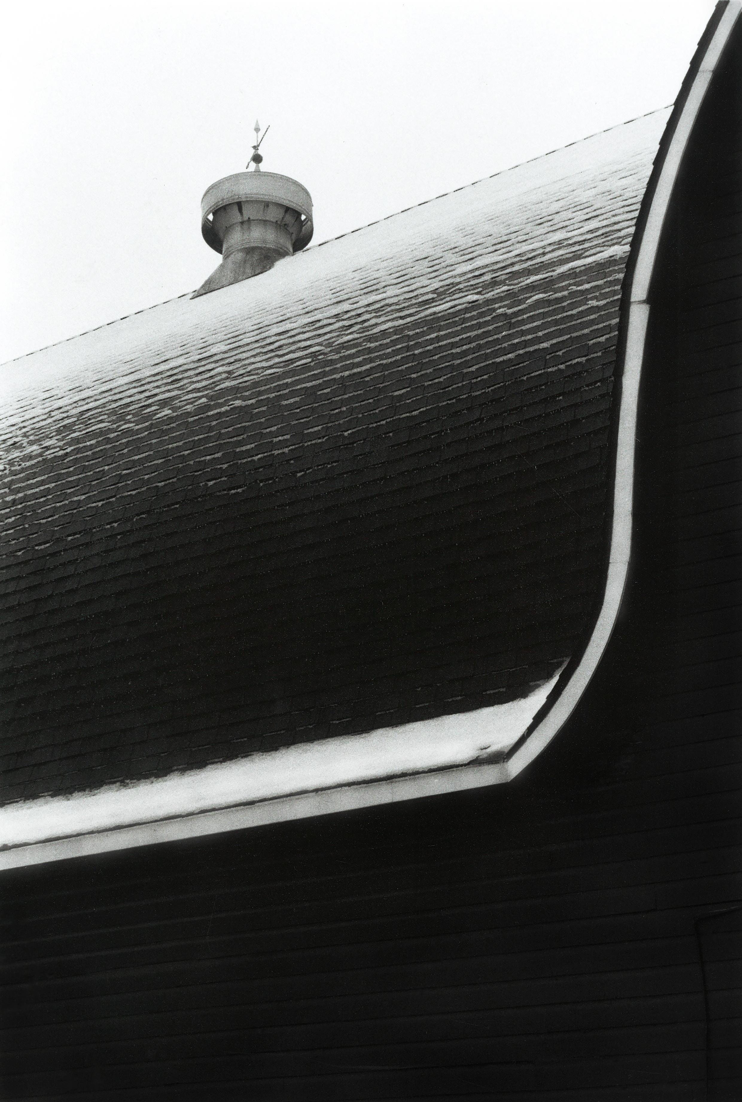 The Curved Barn .jpg