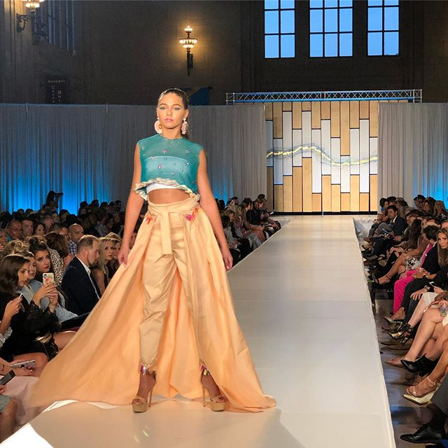 Striking silhouettes and fabulous fabrics are at the forefront of @shelbyharveydesigns' S/S '20 line. Shelby works to create looks that empower and inspire women, and she is nailing that with this collection. Check out our stories for the full looks!