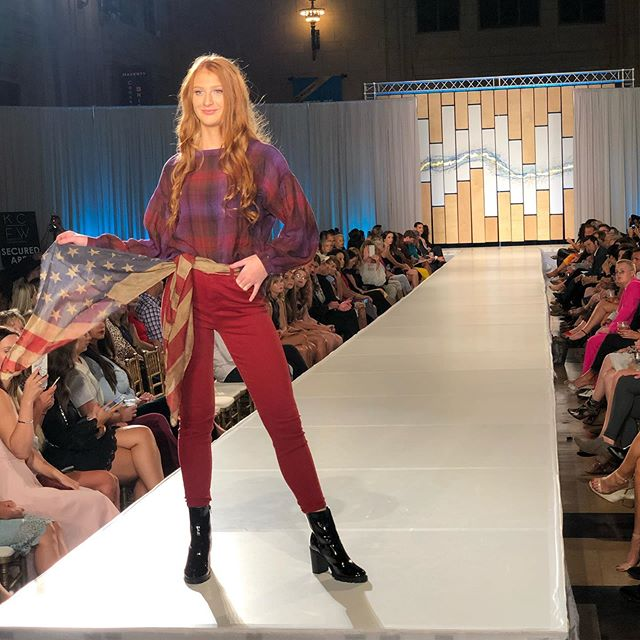 @liverpooljeans showing rich, earthy tones and stylish business casual looks in their S/S '20 line. Don't miss these cool, chic runway looks at @oakparkmall at their pop-up on November 8!
