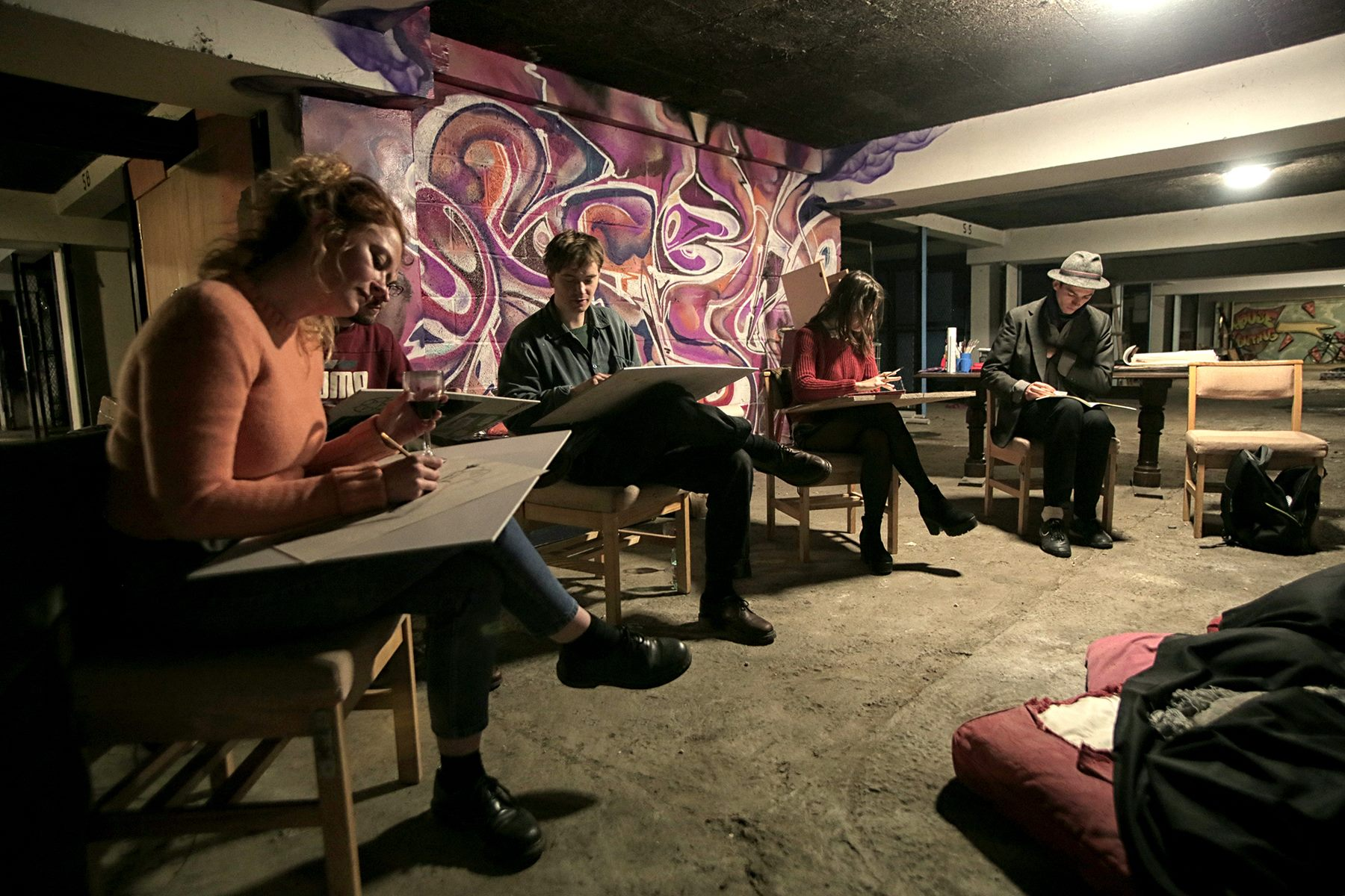 Organised weekly life drawing classes at pop up venue in abandoned tower block in Brixton. 5-25 people per class. Ran for whole of Autumn term.