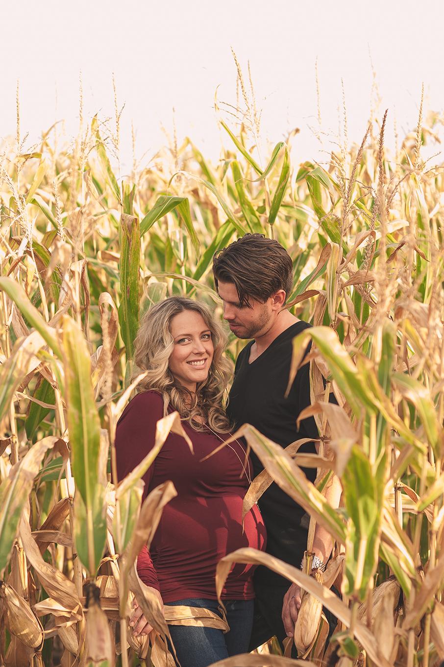 Stephanie&Joe_Maternity-58.jpg