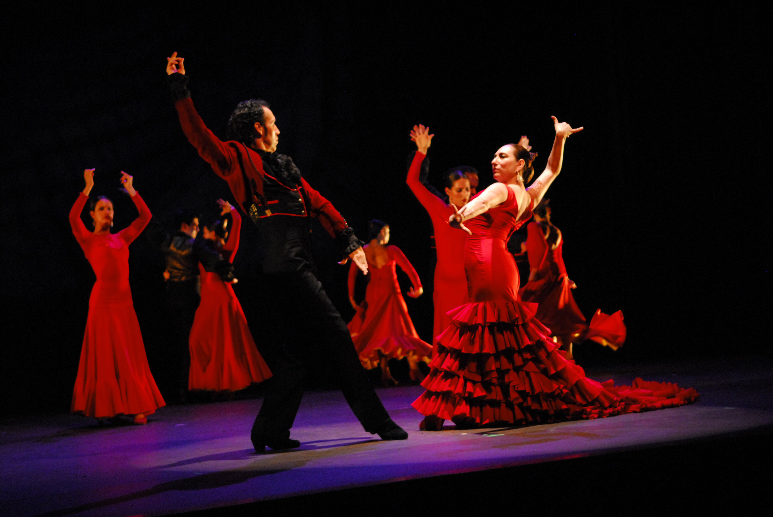 Irma Suarez Ruiz & Jorge Perez, First Dancers of Ensemble Espanol Spanish Dance Theater in Dame Libby Komaiko's, Bolero.Photo by Joe Davis..jpg