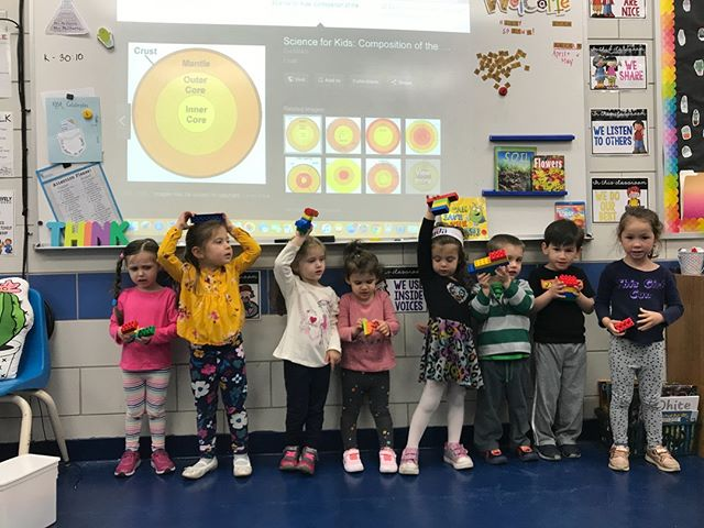Shabbat Shalom from @kellmanbrown! Here, P2/3 learns about the #layers of the #Earth, and builds a #model with #Legos!  #ShabbatShalom #Shabbat #Shalom #Peace #Peaceful #Rest #Weekend #Science #STEM #JSTEM #adorable #Preschool #JewishPreschool #JewishDaySchool #learn #play #JewishEducation #Jewish #Education #teach #explore #dream #discover #children #fun #build