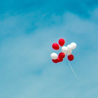 air-balloons-blue-sky-907274.jpg