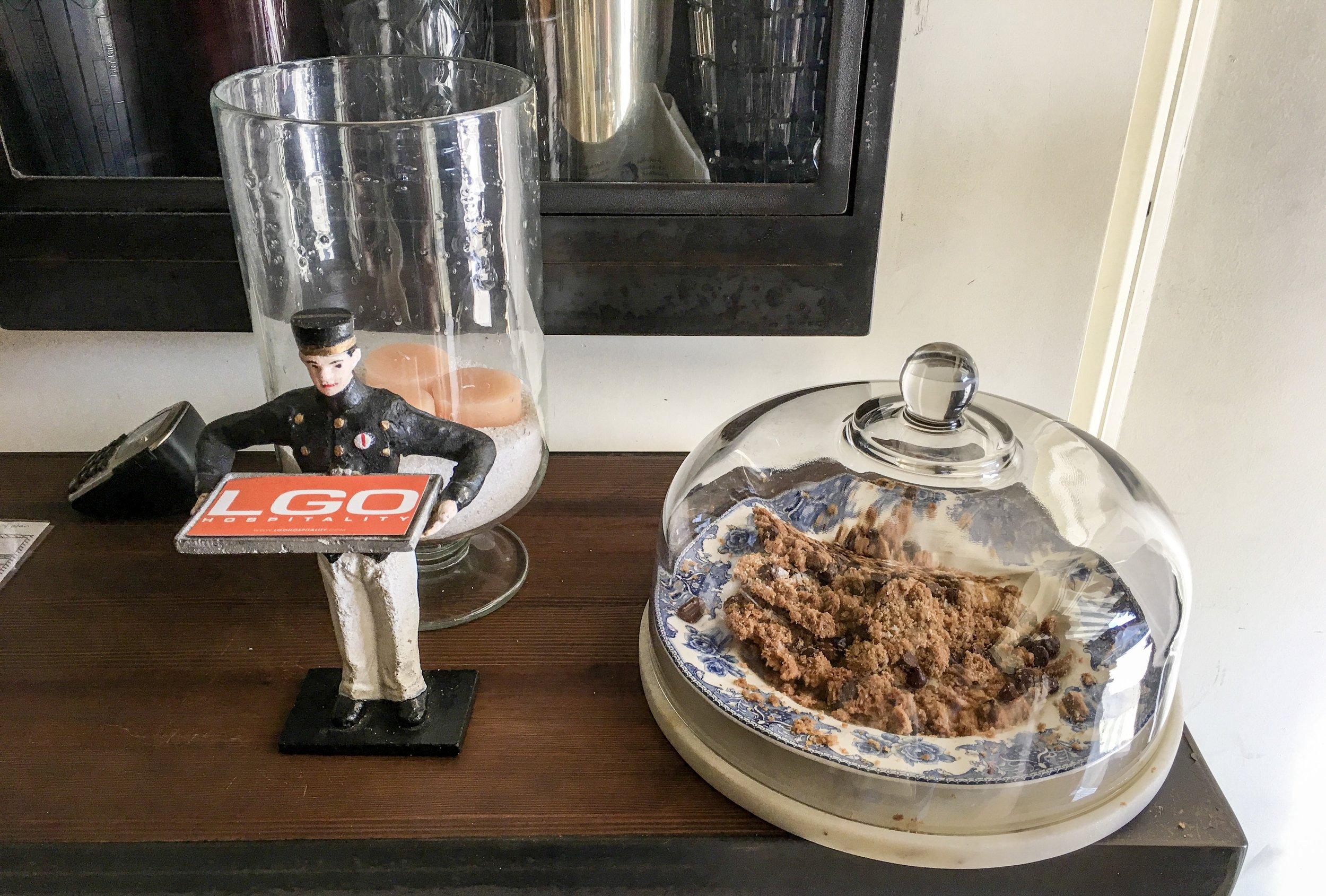 Chocolate Chip Cookies at the door, Ingo's Tasty Diner, Santa Monica, CA