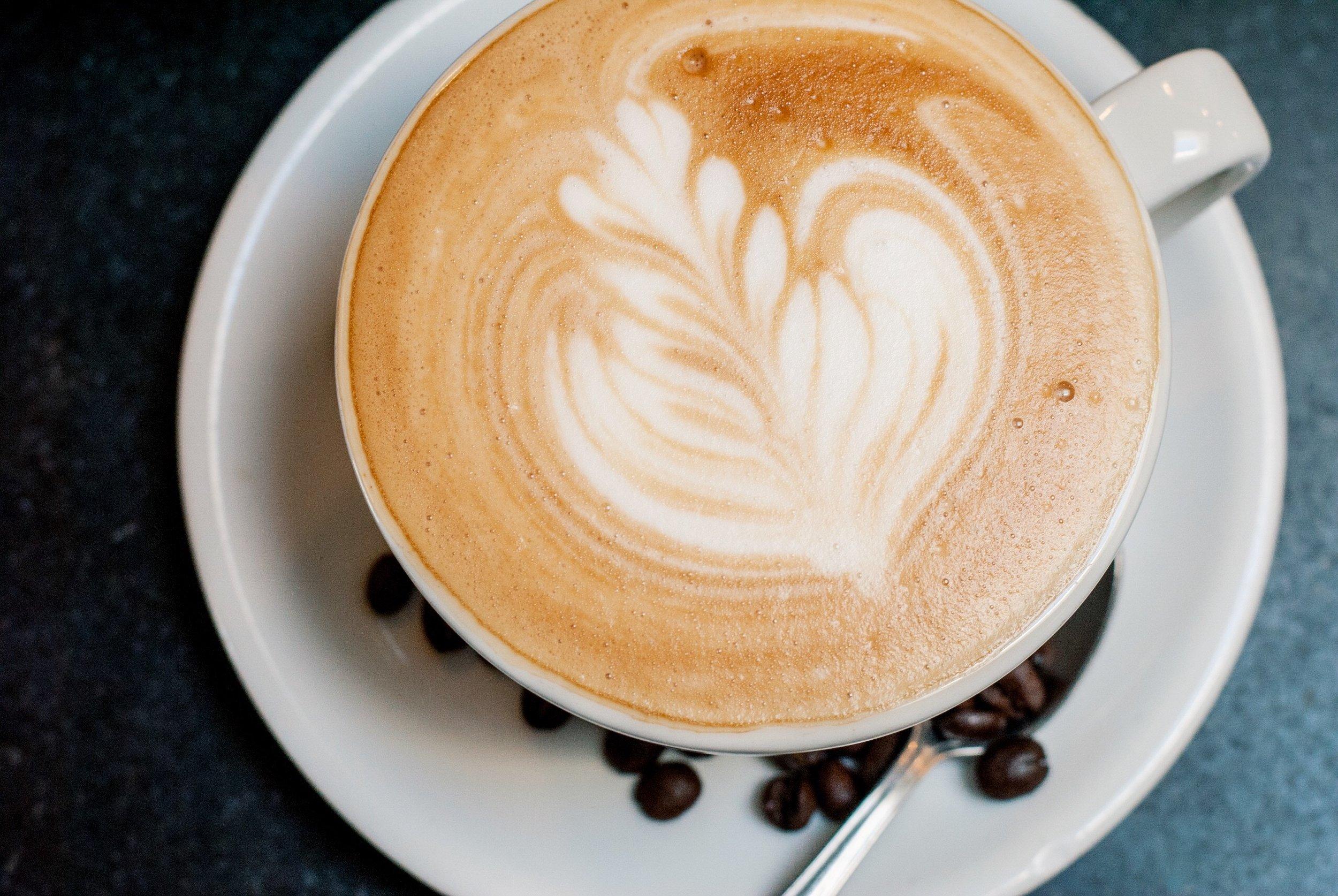 Caffe Luxxe Latte 1