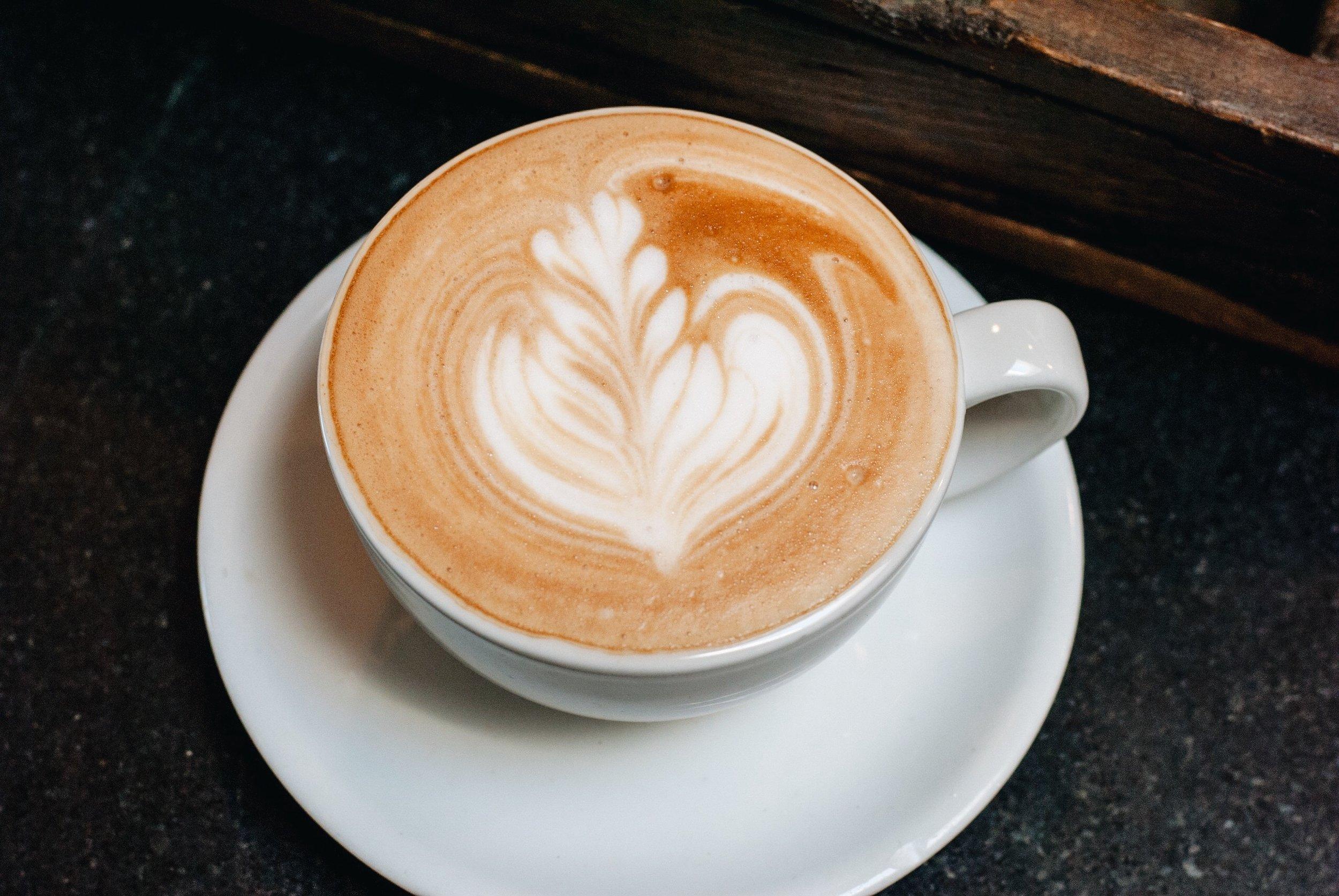 Caffe Luxxe Latte 3