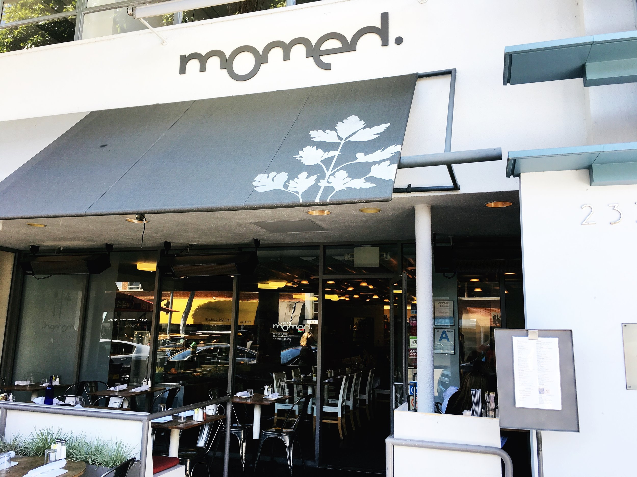 Outside Momed, Beverly HIlls, CA - Brunchographers