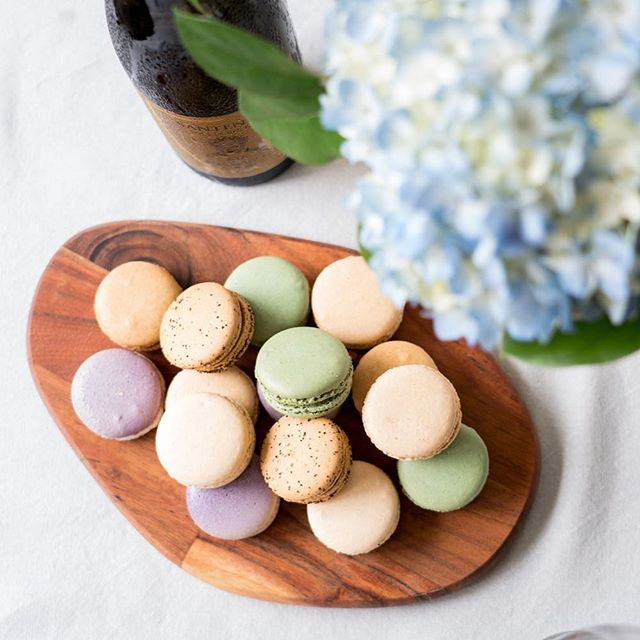 Happy Easter! We hope everyone is enjoying a fabulous brunch if you're celebrating (or even if you're not!) 🐣 . . . . . #easter #brunch #macarons #easterbrunch #pastels #brunchographers #desserts #pastry #pastries #food52 #f52grams #feedfeed