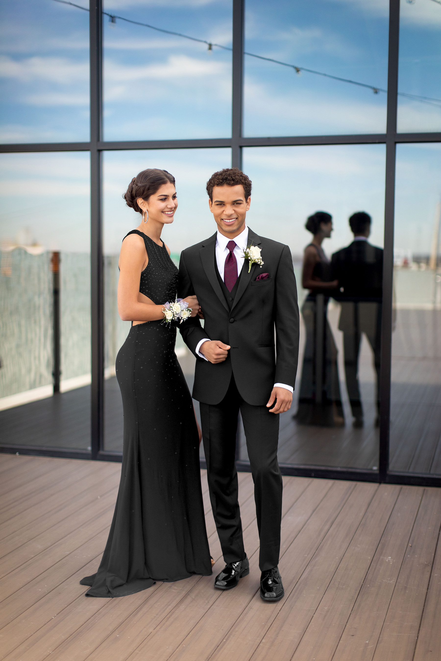 prom tuxedos - We carry the latest tuxedo styles for today's Prom customer including slimmer fit tuxedos and the newest tux colors on trend.Our 2019 Collections feature designers such as Michael Kors, Kenneth Cole, & Mark of Distinction.Find your look.