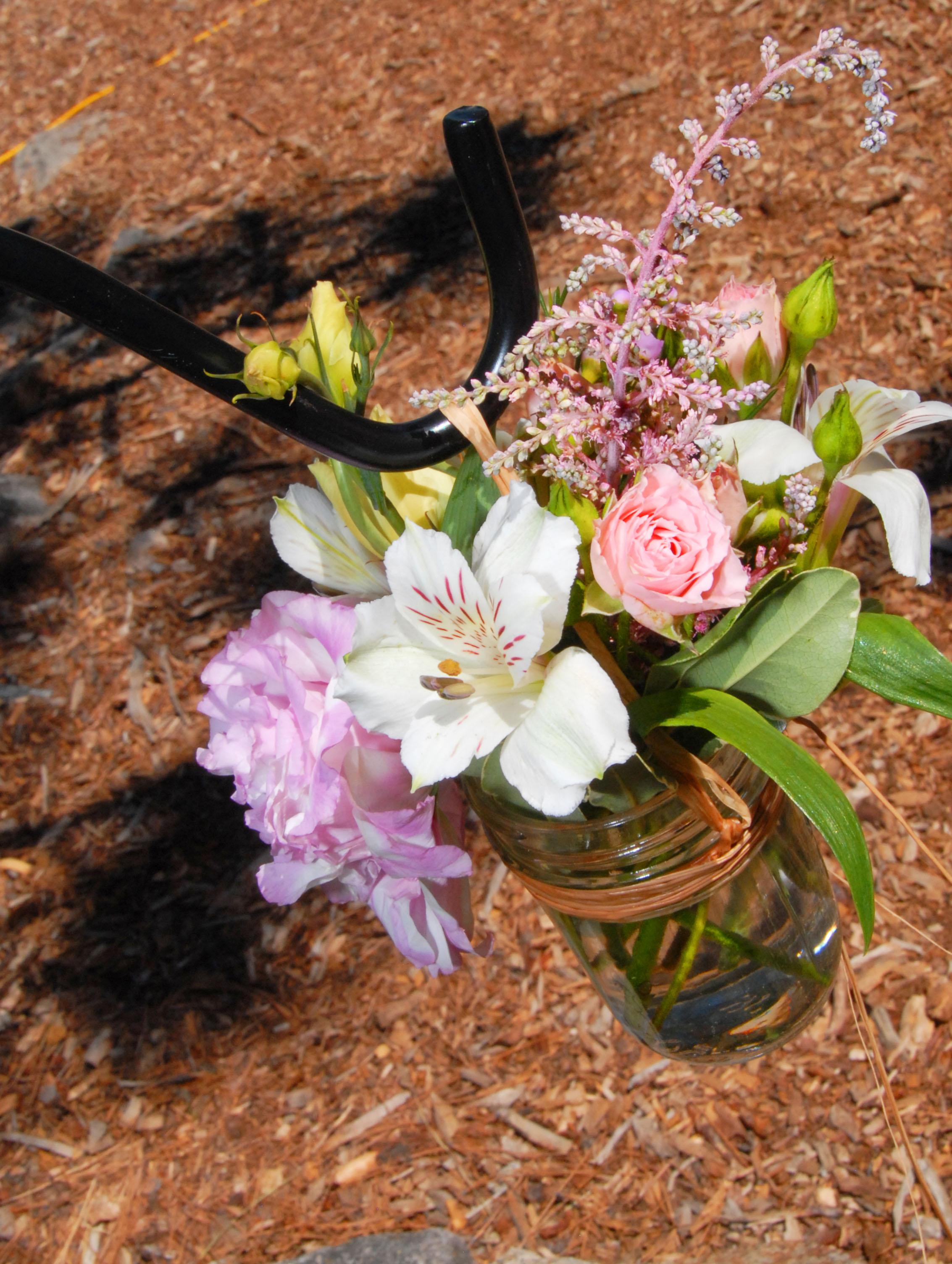 02 Mason Jar Flowers.jpg