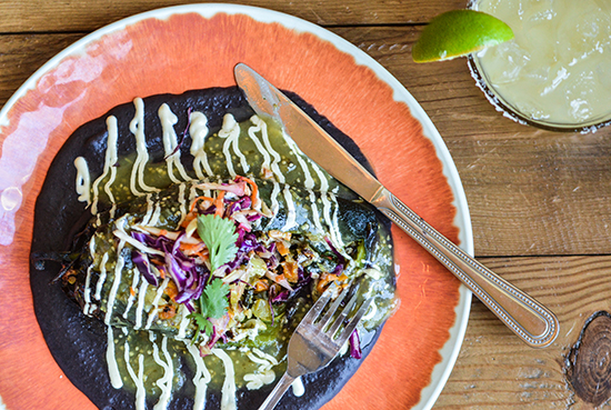 chile relleno on wood 550.jpg