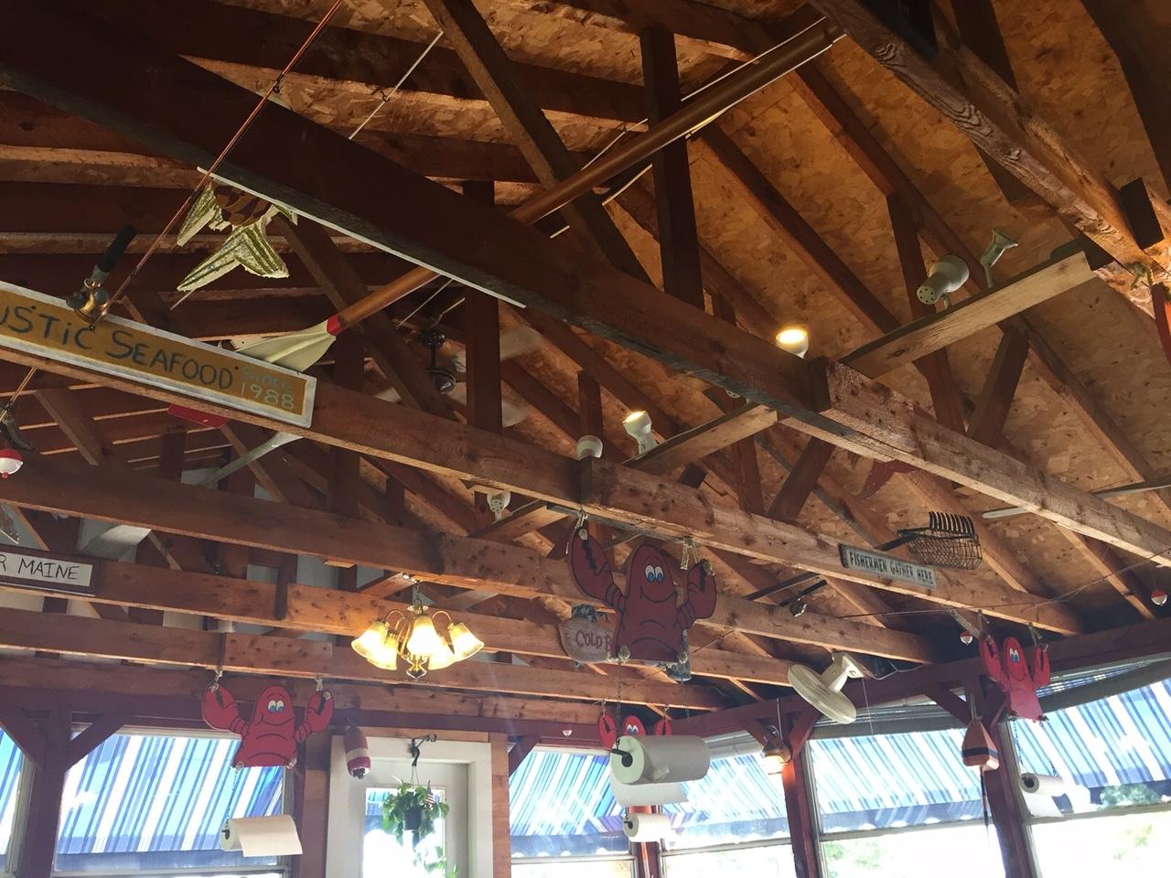 Plenty of Lobster Paper Towels!