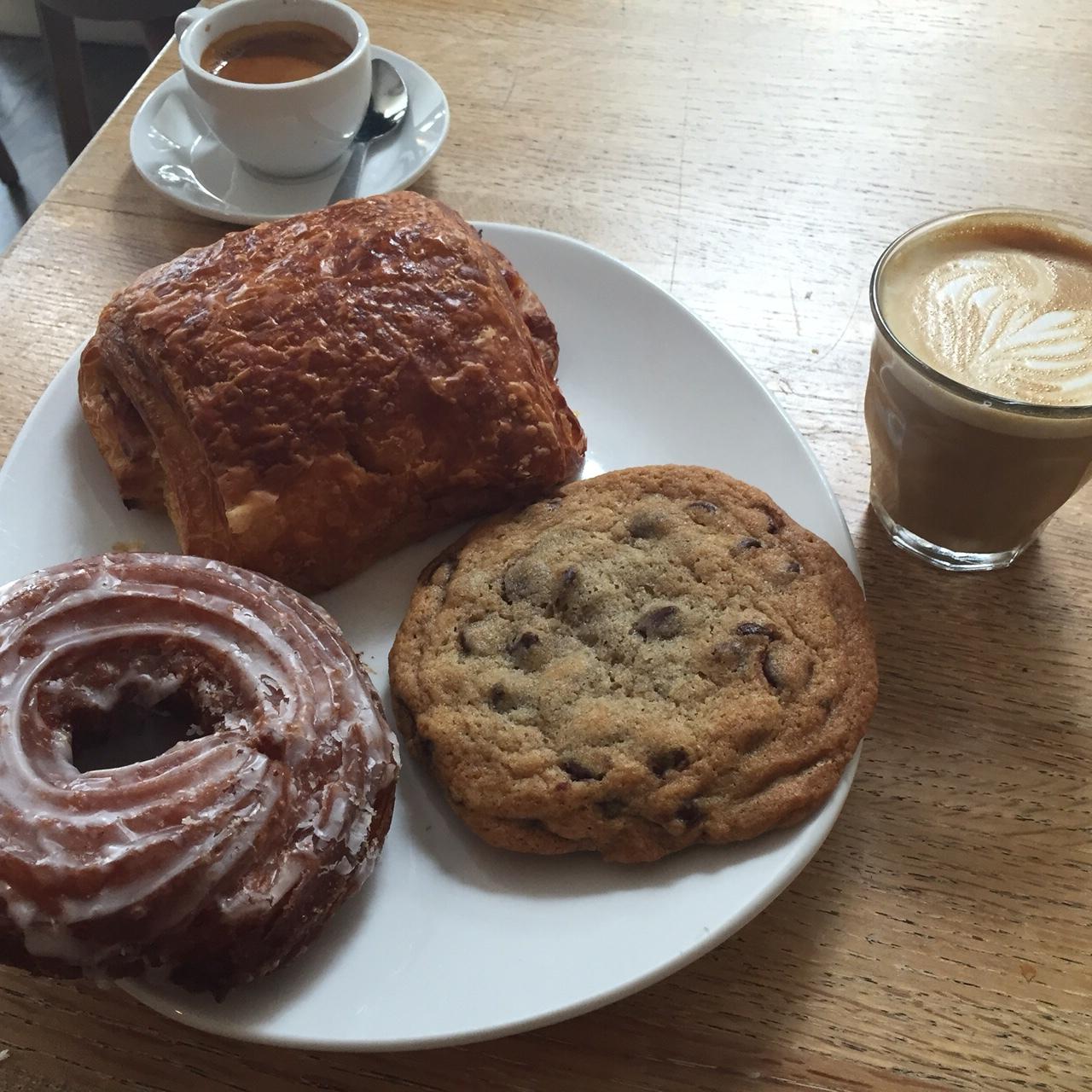 Lil's - Breakfast Indulgence
