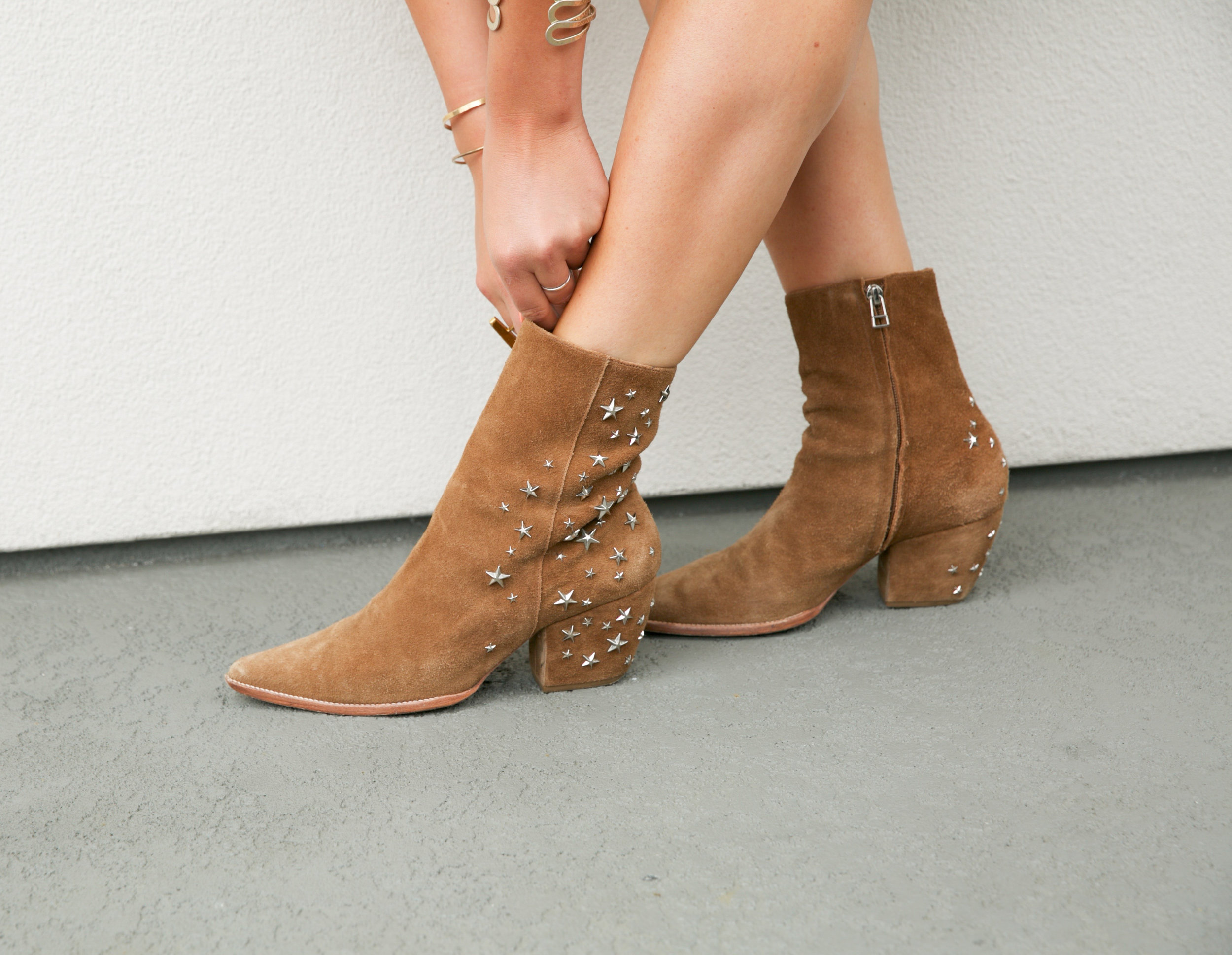 boots-for-walkin-thea