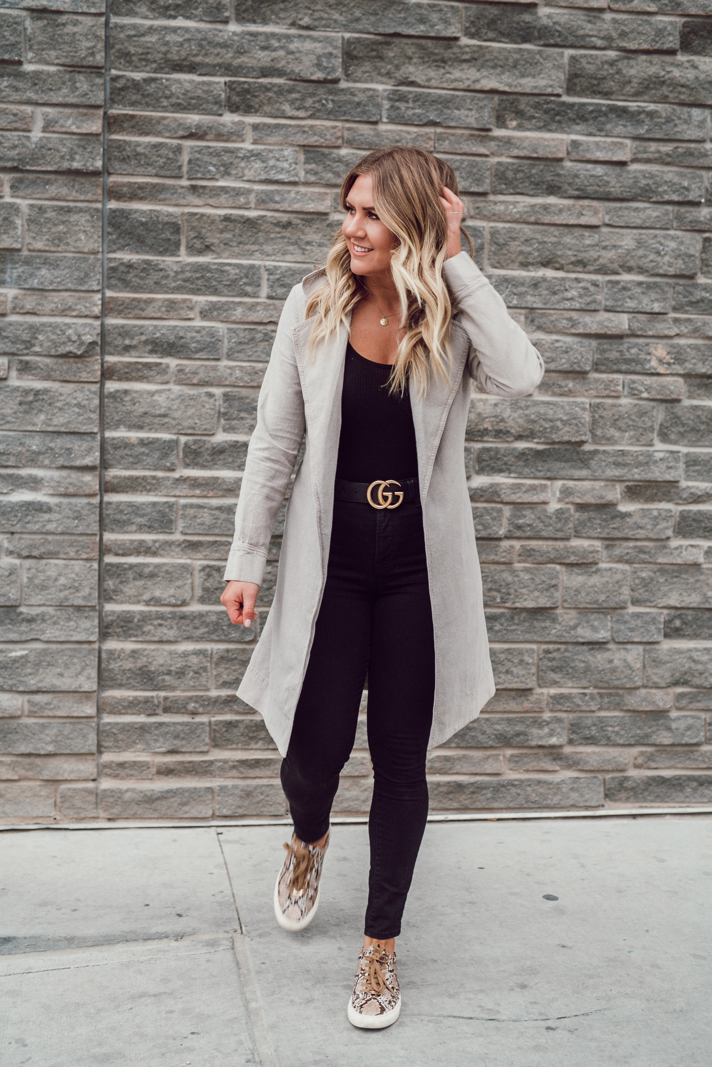 via Thea: Chic & Comfy Work Style