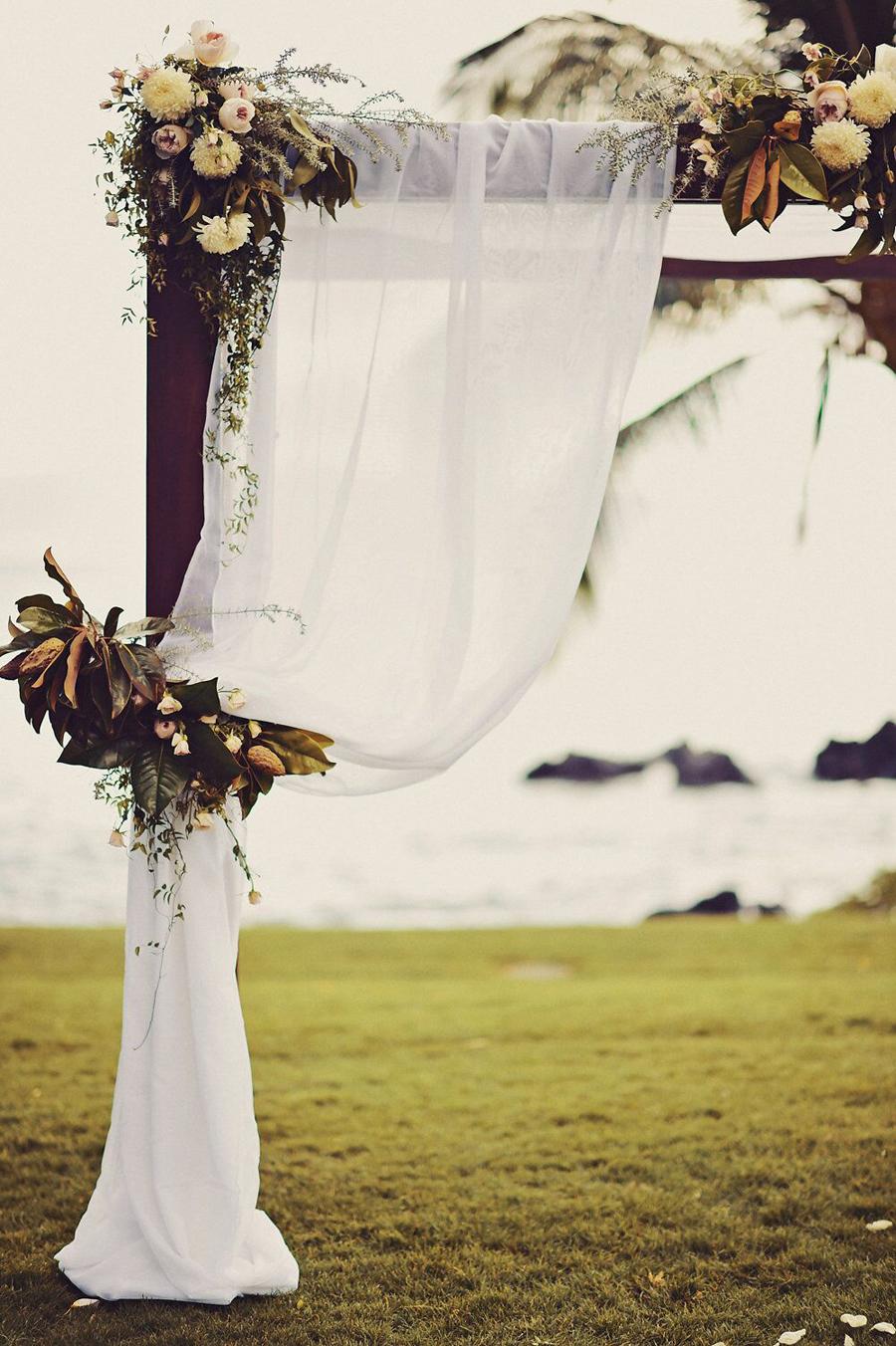 Floral, Floral Design, Blooms, Wedding, Wedding Day, Floral Arch