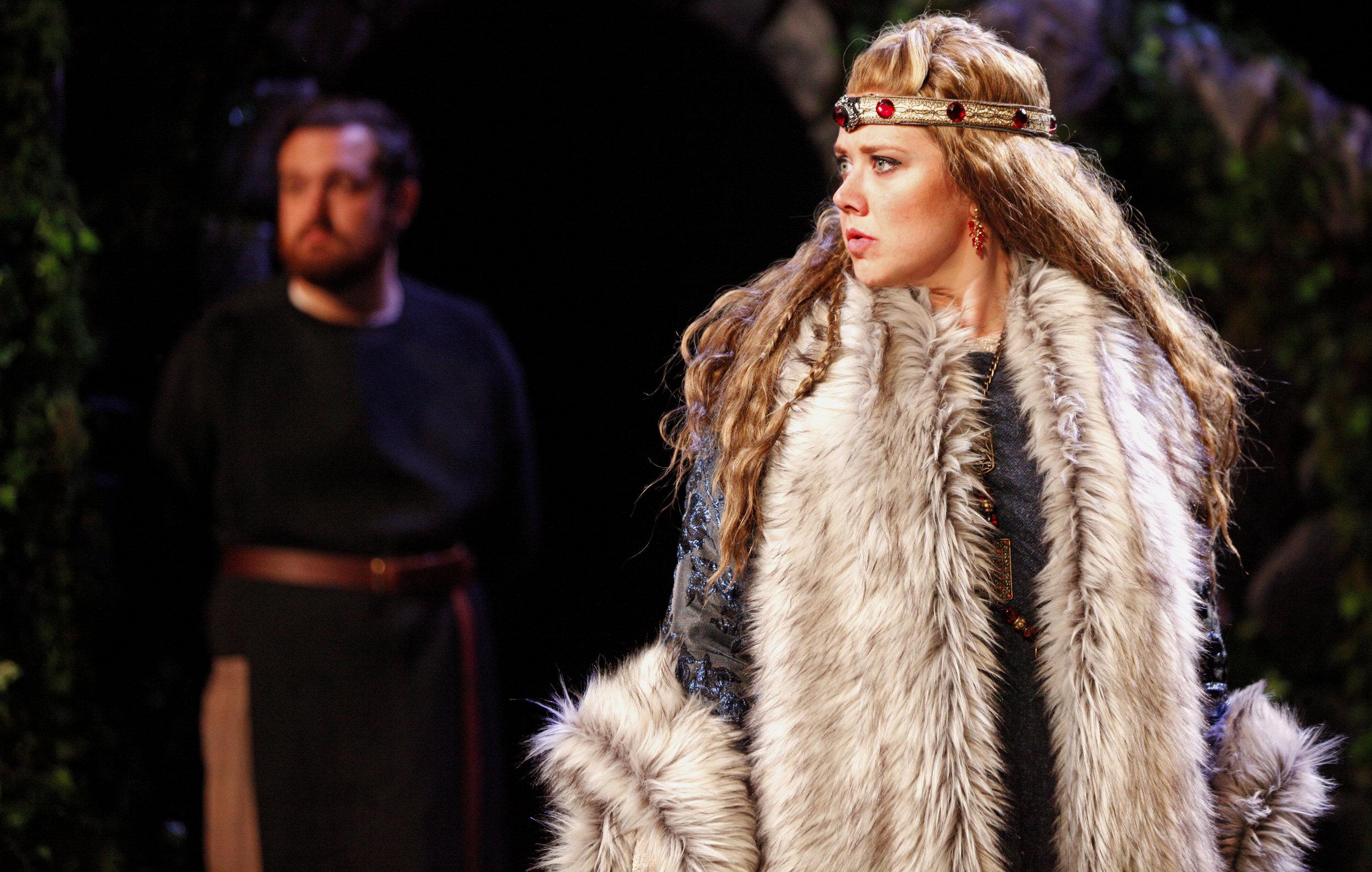 Macbeth // Arkansas Shakespeare Theatre // photo: Eric White // costume design: Sandy Spence // set design: Joe Klug // dir. Rebekah Scallet