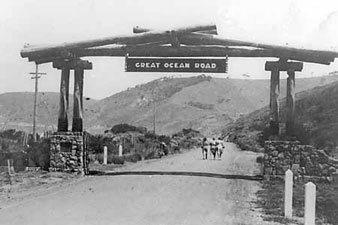 great-ocean-road-memorial-arch.jpg