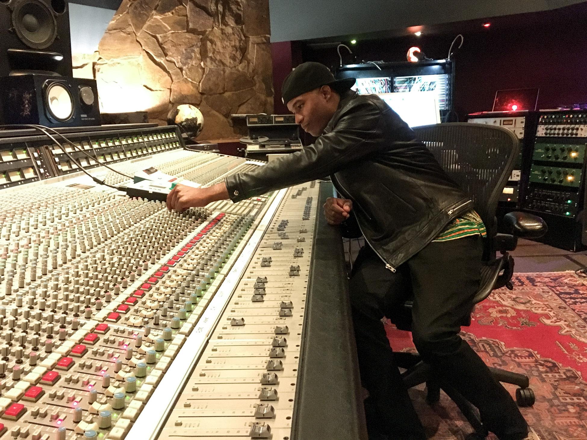 Hammadi Valdes in the studio